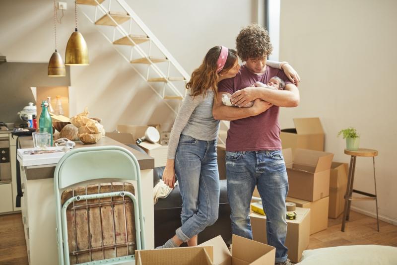 #2 - Kako lahko banke mladim pomagajo pri reševanju stanovanjskega problema