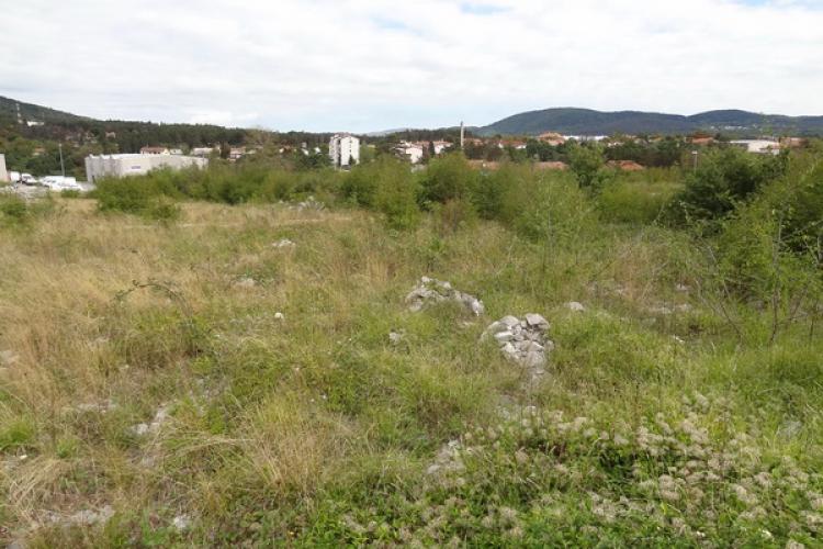 Lokacija: Obalno - kraška, Hrpelje - Kozina