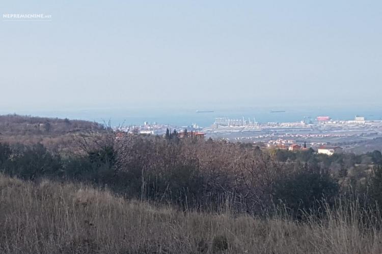 Lokacija: Obalno - kraška, Koper, Lopar