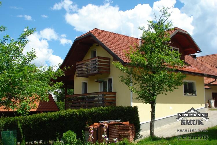 Lokacija: Gorenjska, Radovljica, Lipnica