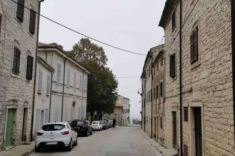 Lokacija: Hrvaška, Buje
