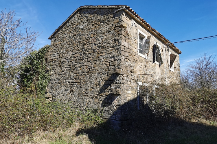 Lokacija: Obalno - kraška, Koper, Topolovec