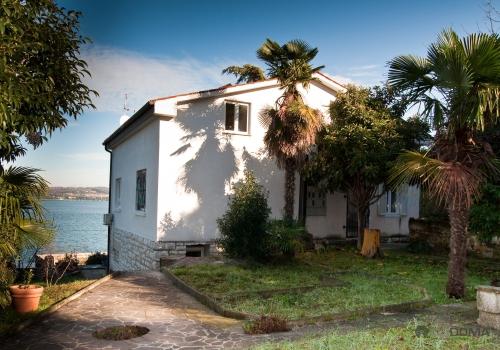 Lokacija: Obalno - kraška, Koper, Žusterna