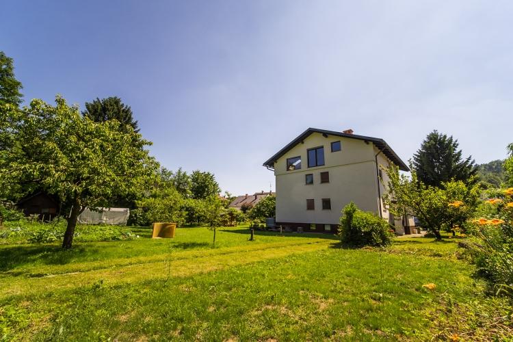 Lokacija: Ljubljana, Šiška, Šentvid