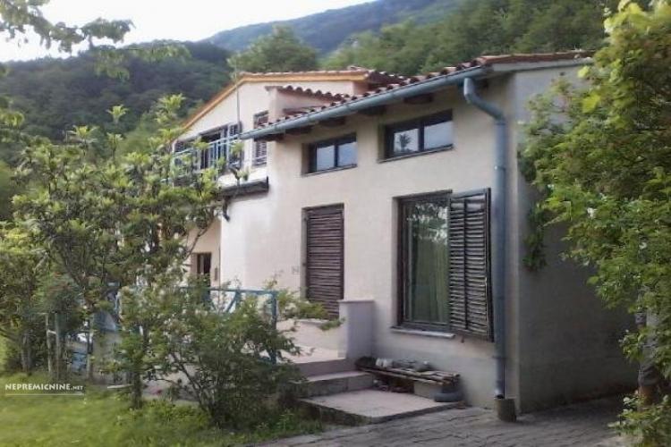 Lokacija: Goriška, Vipava, Sanabor