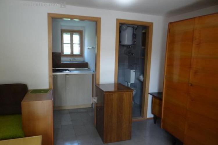 Lokacija: Goriška, Ajdovščina, Male Žablje
