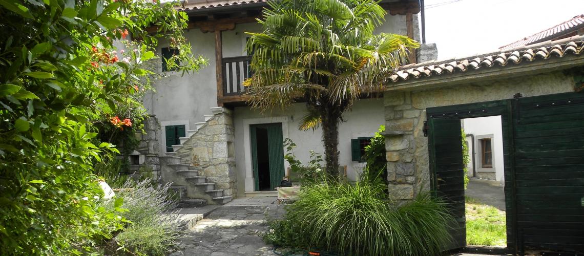 Location: Coast and Karst, Sežana, Dutovlje