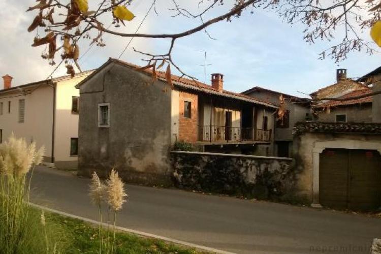 Lokacija: Obalno - kraška, Sežana, Dutovlje