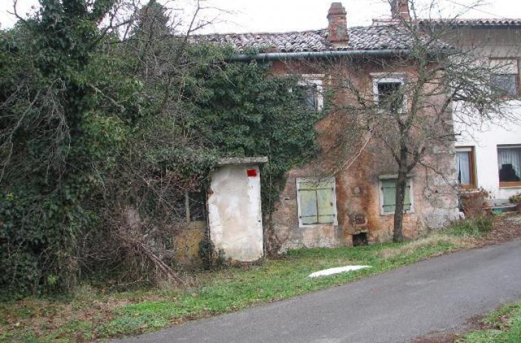 Lokacija: Obalno - kraška, Sežana, Lokev