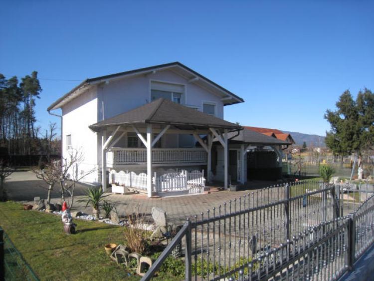Lokacija: Podravska, Miklavž na Dravskem polju, Dobrovce