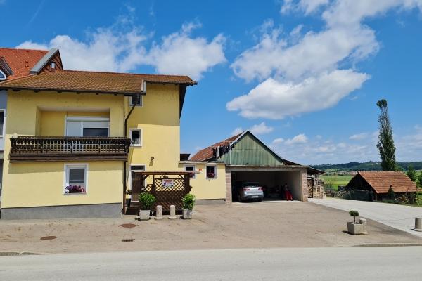 Lokacija: Pomurska, Sveti Jurij ob Ščavnici, Biserjane