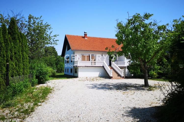Lokacija: Pomurska, Lendava