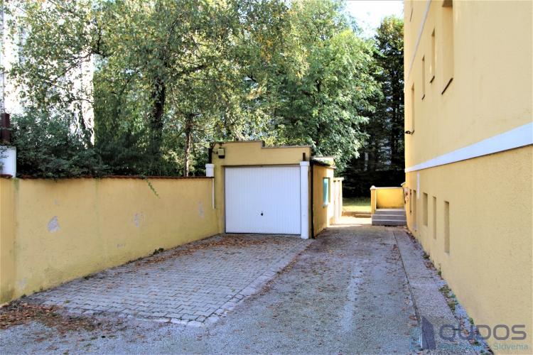 Lokacija: Ljubljana mesto, Bežigrad, Savsko naselje