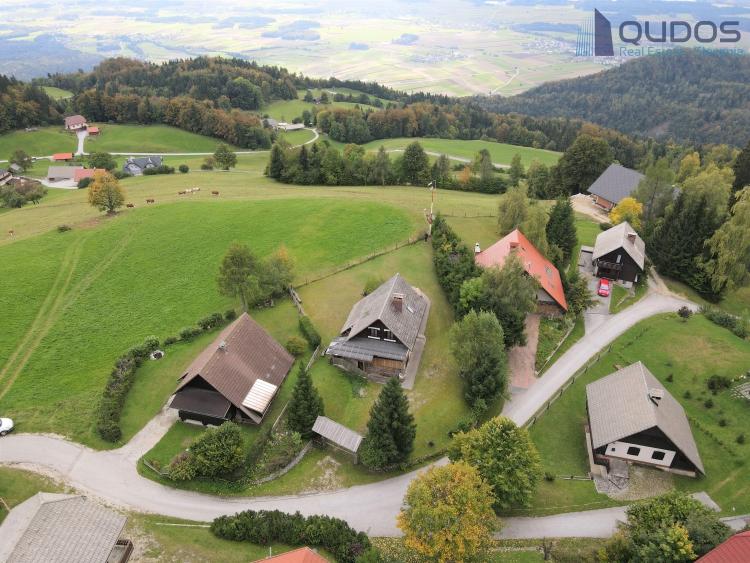 Lokacija: Gorenjska, Cerklje na Gorenjskem, Ambrož pod Krvavcem