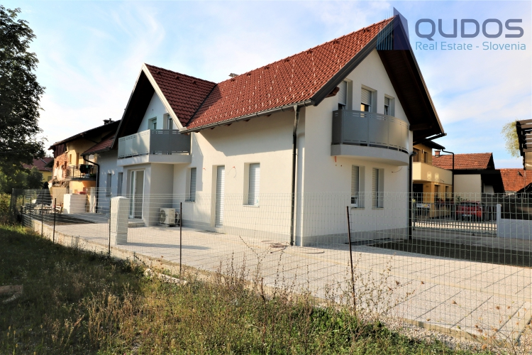 Lokacija: Ljubljana okolica, Mengeš, Loka pri Mengšu
