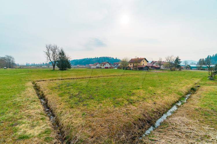 Lokacija: Ljubljana okolica, Brezovica, Podplešivica