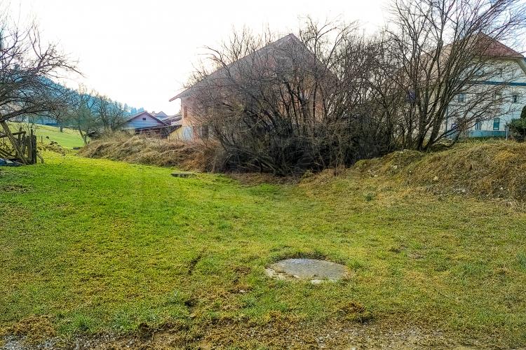 Lokacija: Ljubljana okolica, Medvode, Hraše