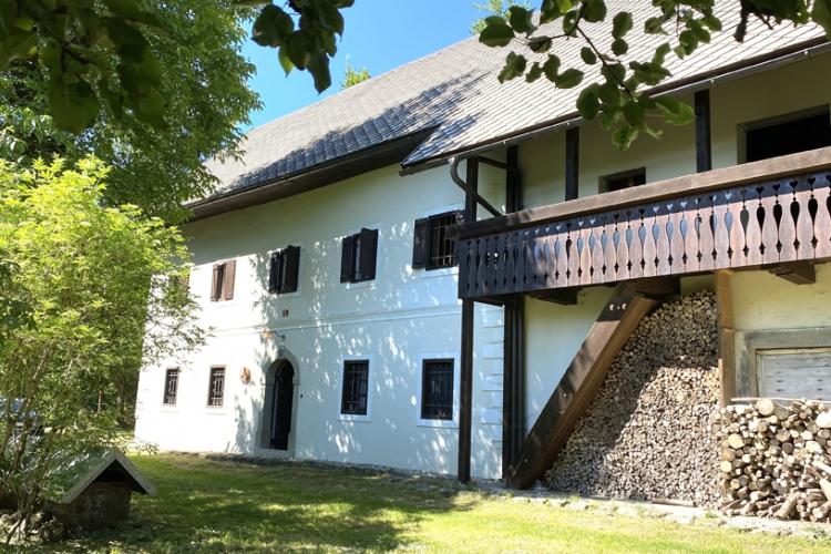 Lokacija: Gorenjska, Bled, Slamniki