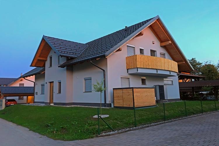 Lokacija: Gorenjska, Kranj, Kokrica