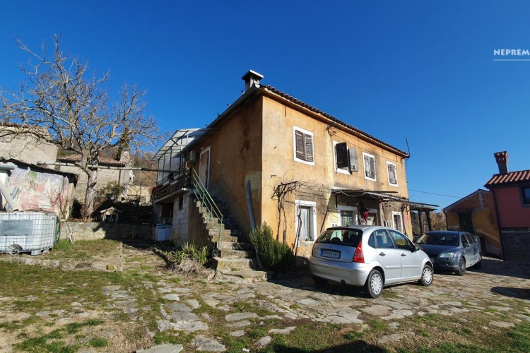 Lokacija: Obalno - kraška, Koper, Kozloviči