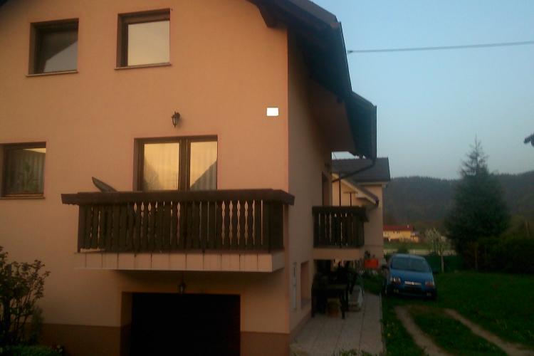 Lokacija: Ljubljana, Moste-Polje, Kašelj