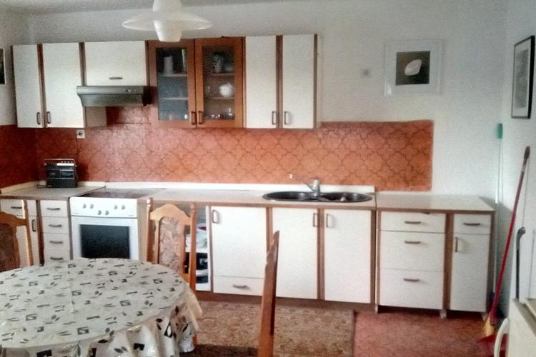Lokacija: Gorenjska, Šenčur, Trboje