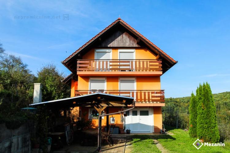 Lokacija: Jugovzhodna Slovenija, Škocjan, Bučka