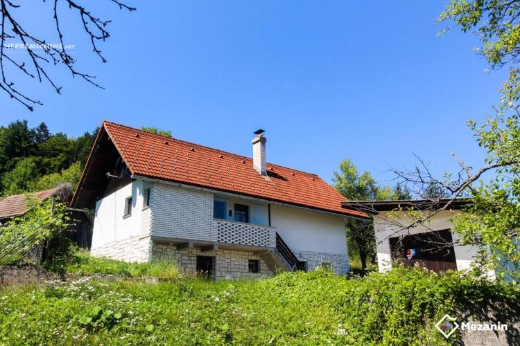 Lokacija: Jugovzhodna Slovenija, Sodražica, Male Vinice