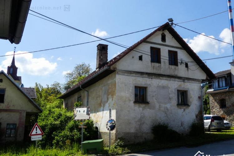 Lokacija: Ljubljana okolica, Velike Lašče, Dvorska vas