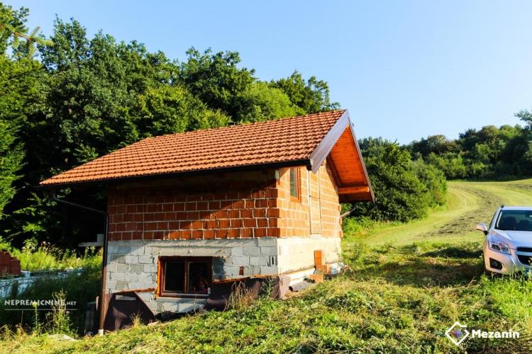 Lokacija: Hrvaška, Hum na Sutli