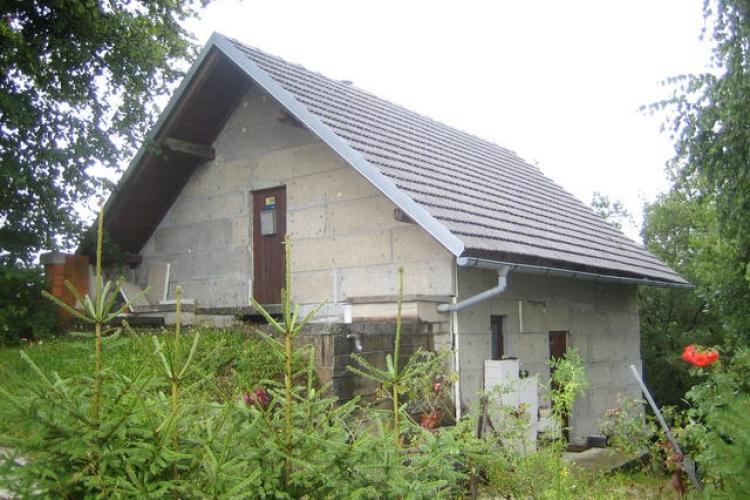 Lokacija: Zasavska, Zagorje ob Savi, Tirna