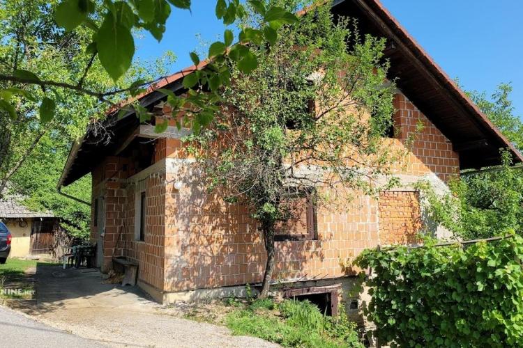 Lokacija: Jugovzhodna Slovenija, Mokronog - Trebelno, Mirna Vas