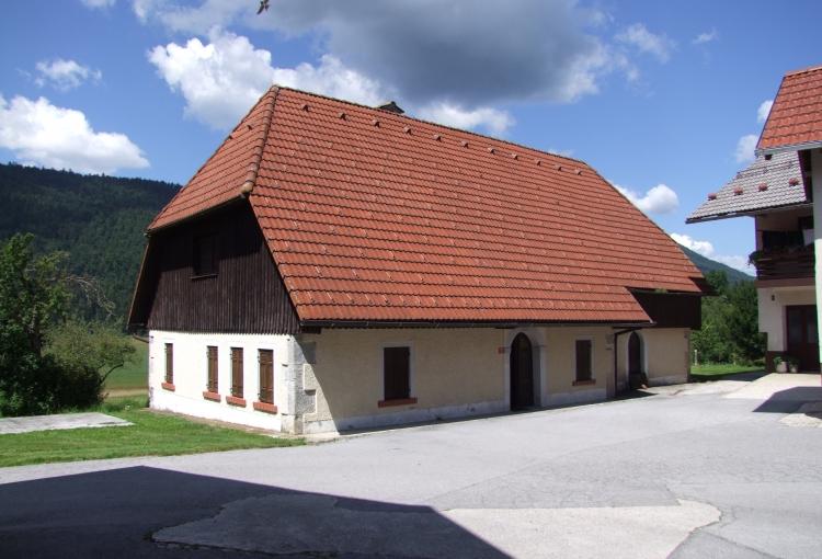 Lokacija: Notranjsko - kraška, Cerknica, Grahovo