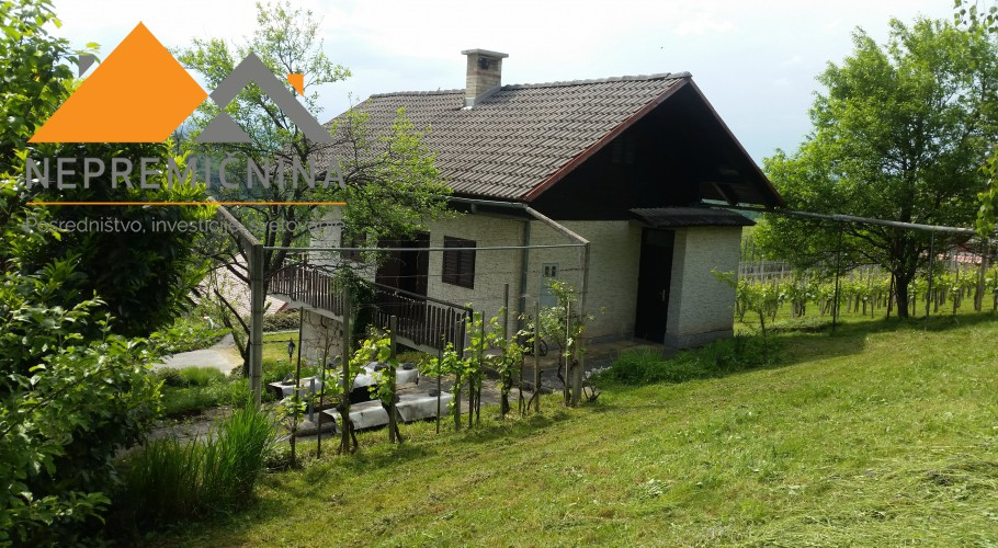 Lokacija: Jugovzhodna Slovenija, Žužemberk
