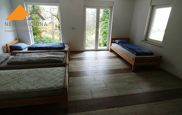 Lokacija: Gorenjska, Kranj, Golnik