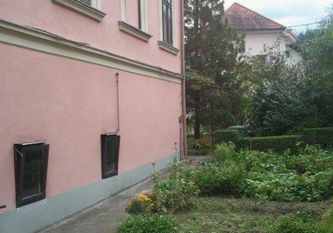 Lokacija: Ljubljana okolica, Borovnica, Borovnica