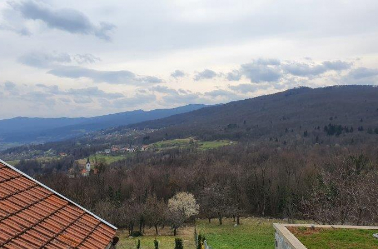 Lokacija: Jugovzhodna Slovenija, Črnomelj, Rodine
