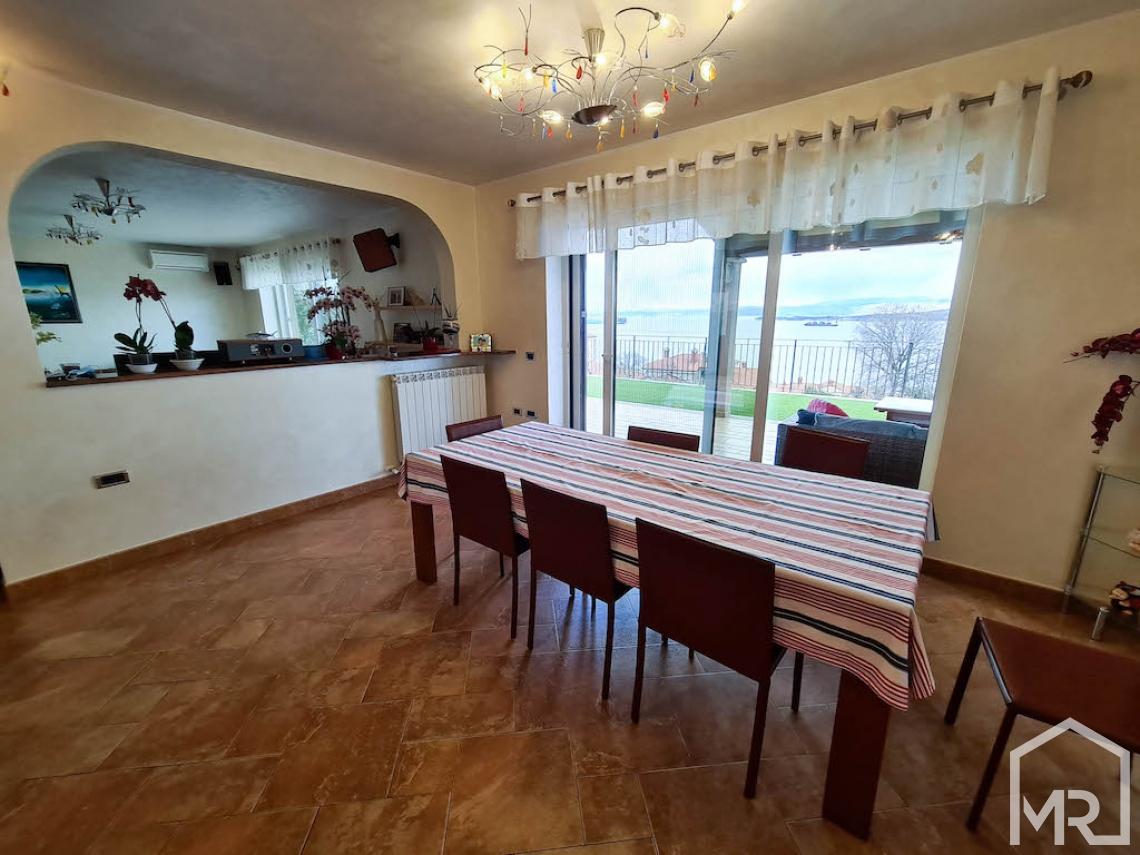 Location: Побережье и Карст, Koper, Žusterna III