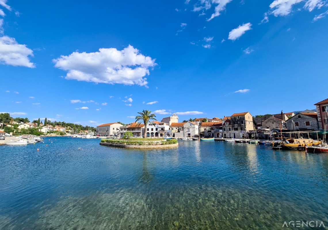 Location: Croatia, Hvar