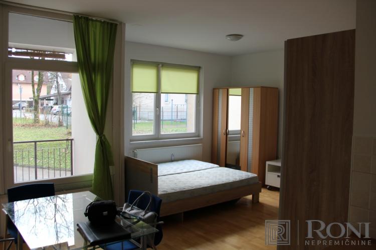 Lokacija: Ljubljana, Moste-Polje, Vevče