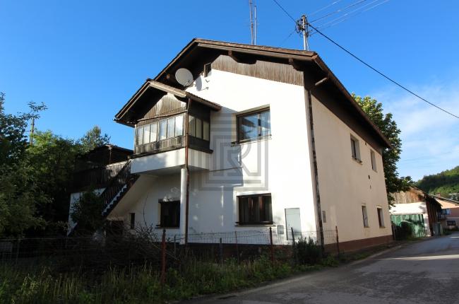 Location: Окрестности Любляны, Borovnica