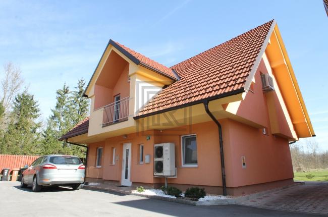 Location: Ljubljana city, Vič-Rudnik, Črna vas
