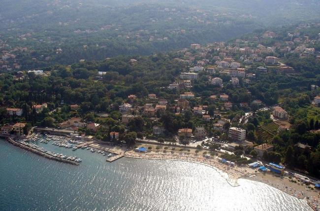 Lokacija: Hrvaška, Opatija
