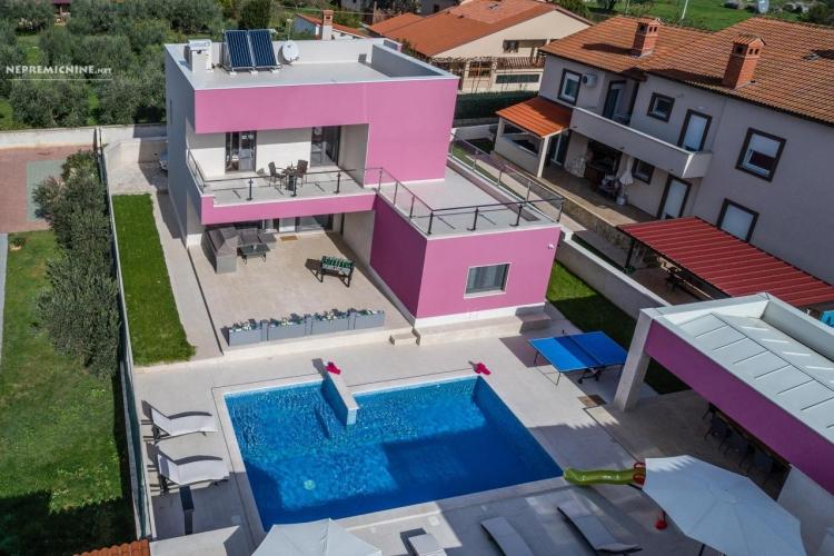 Lokacija: Hrvaška, Pula