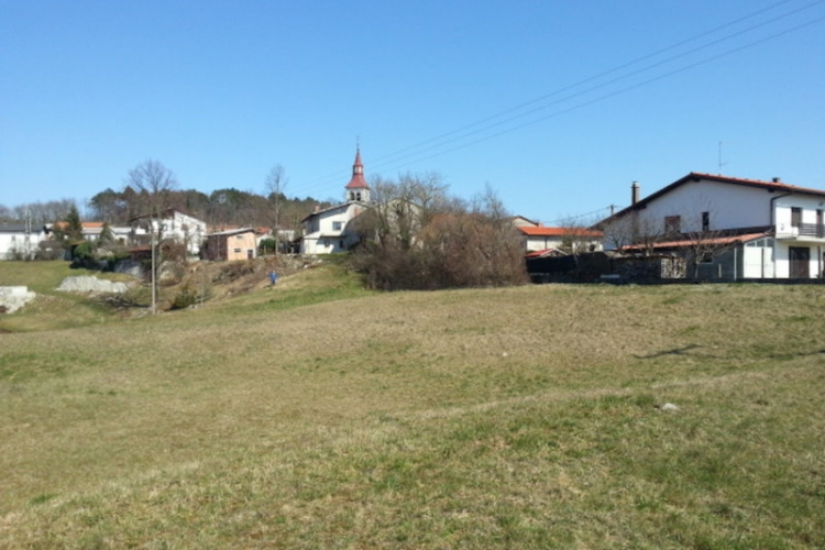 Lokacija: Notranjsko - kraška, Ilirska Bistrica, Šembije