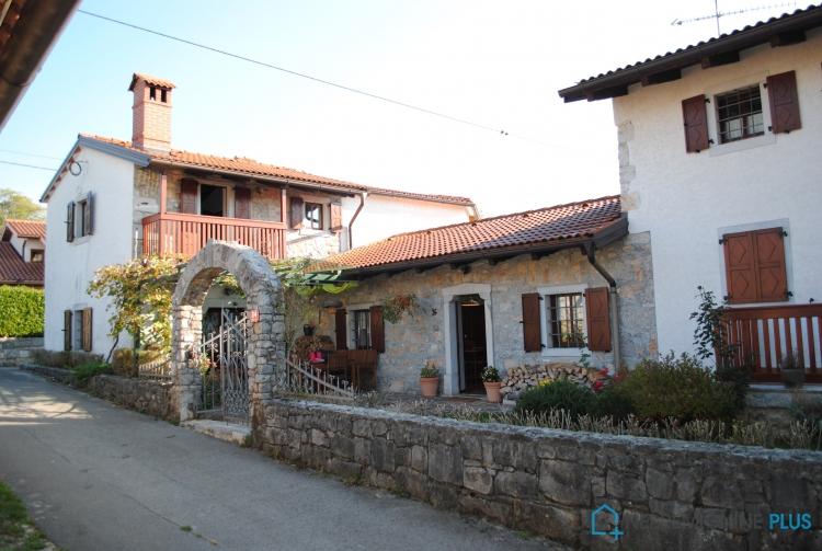Lokacija: Obalno - kraška, Sežana, Štorje