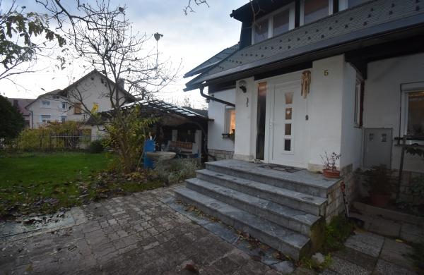 Lokacija: Ljubljana okolica, Lukovica, Trojane