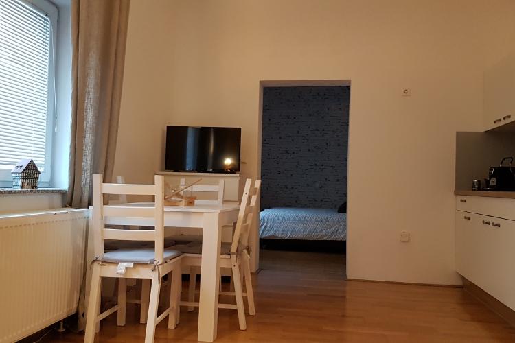 Lokacija: Ljubljana, Center, Poljane