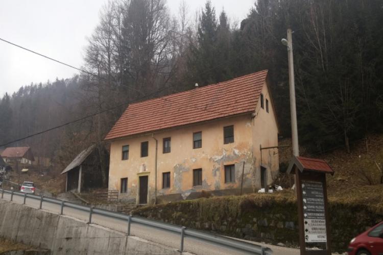 Lokacija: Goriška, Cerkno