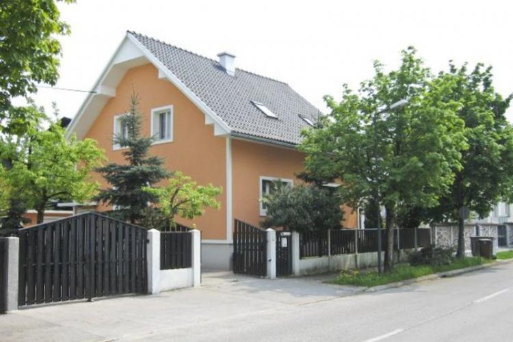 Lokacija: Ljubljana, Šiška, Zg. Šiška